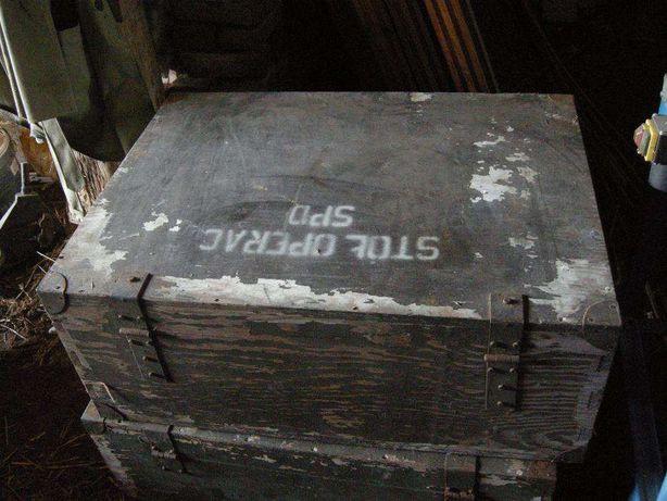 stare duze kufry wojskowe medyczne w super stanie