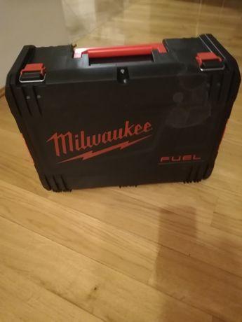 Milwaukee skrzynka na szlifierke