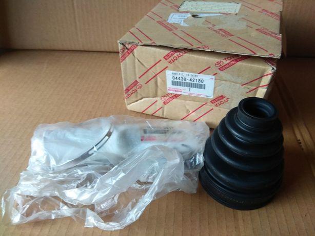 Продам пыльник ШРУСа внутренний правый Toyota 04438-42180 Camry V30