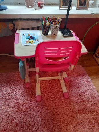 Piccolino różowe biurko I krzesło regulowane jak nowe