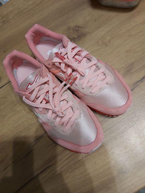 Damskie buty do biegania rozm.38