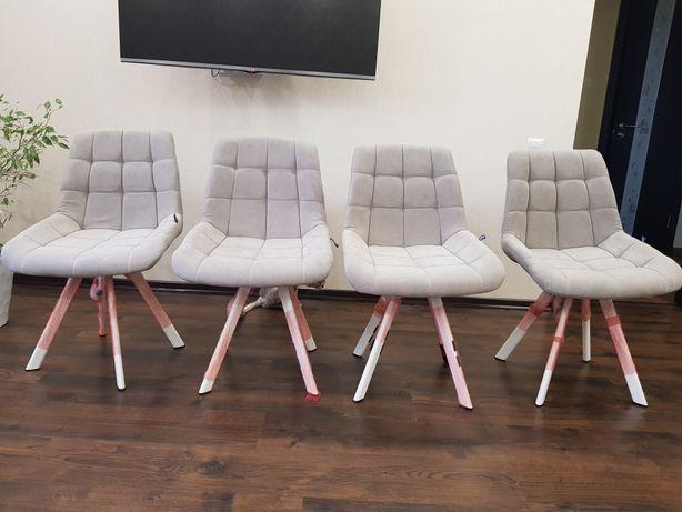 Кухонные стулья тканевые светло-бежевый цвет