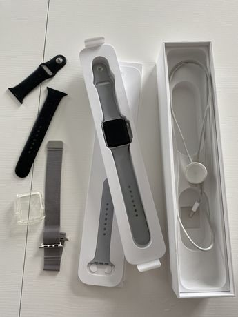 Apple Watch series 3 42мм Space Gray
