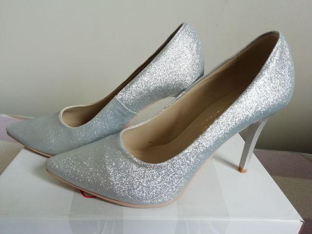 Buty ślubne śliczne srebrne