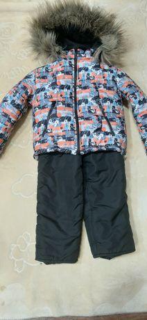 Зимняя куртка с комбинезоном. На 2-3 года.