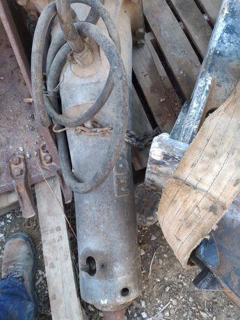 Martelo hidráulico Maq. 5toneladas Tabe