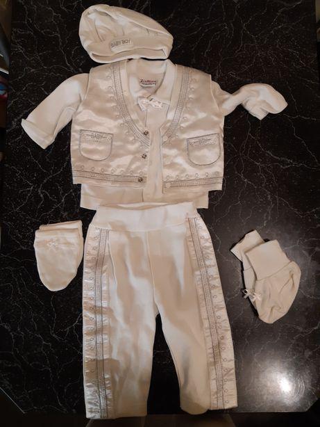 костюм праздничный на малыша