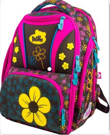 Яркий Рюкзак школьный для девочки  итальянской фирмы Delune