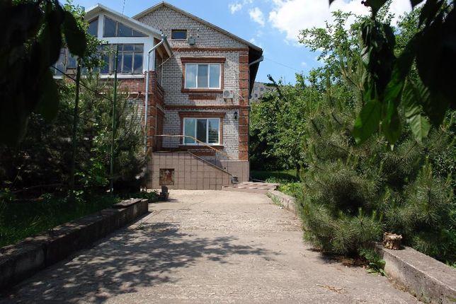 Настоящий дом для семьи (17-ый квартал, пос.Закарпатский)