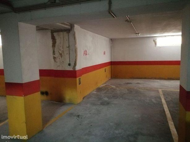 Lugar de Garagem junto ao Pingo Doce Lourosa