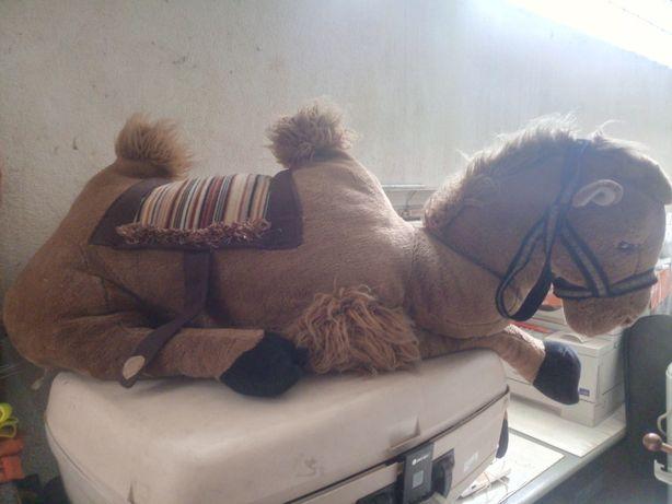 Peluche Camelo