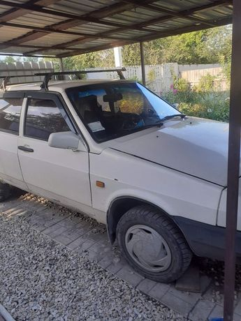 Продам автомобиль ВАЗ 21093