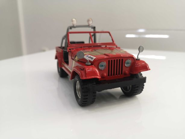 Bburago Jeep Wrangler, skala 1:24