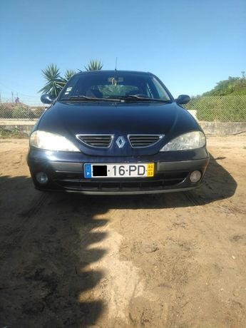 Renault Megane 1.4 do ano 2000
