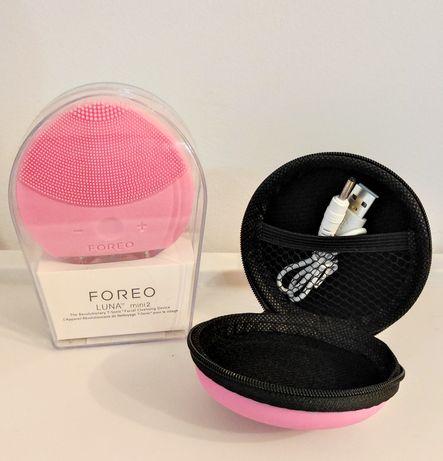 Szczoteczka soniczna do mycia i pielęgnacji twarzy Foreo Luna mini 2