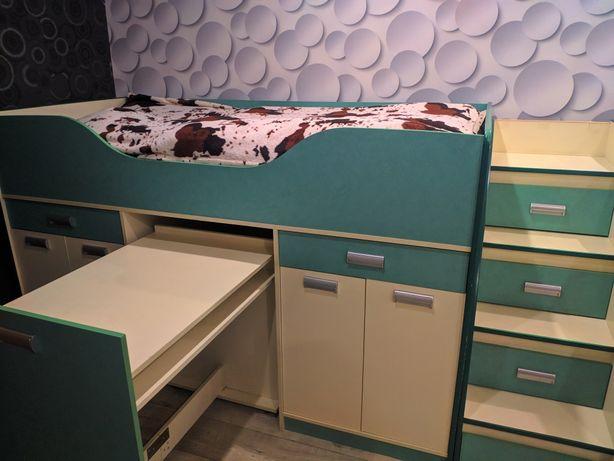 Продам детскую кровать. 9000 руб + торг