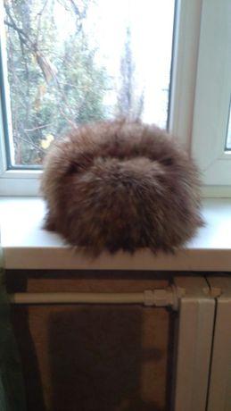 Продам шапку зимнюю меховую смесь песца с чернобуркой