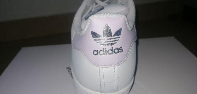 Ténis Adidas Superstar