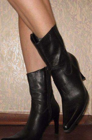 сапожки полусапожки ботинки деми р.39, 40 кожа кожаные черные