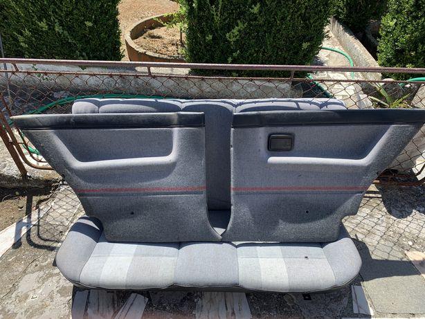 Golf 2  3 portas material