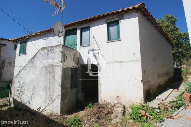 Moradia Isolada T2 em Bragança