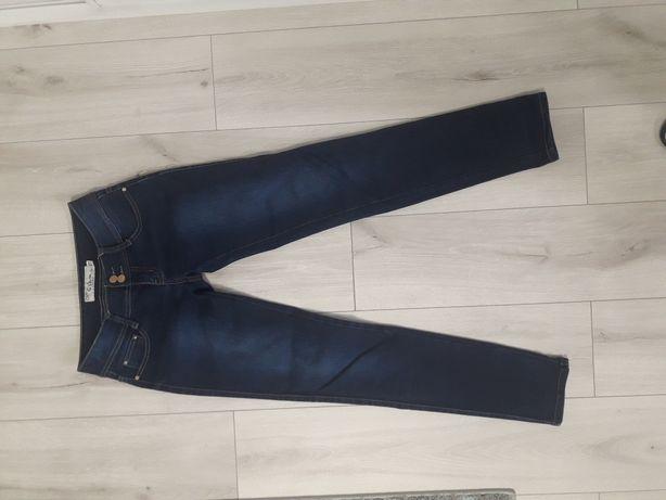 Dwie pary spodni, dżinsy+jedne GRATIS! r. 38/M