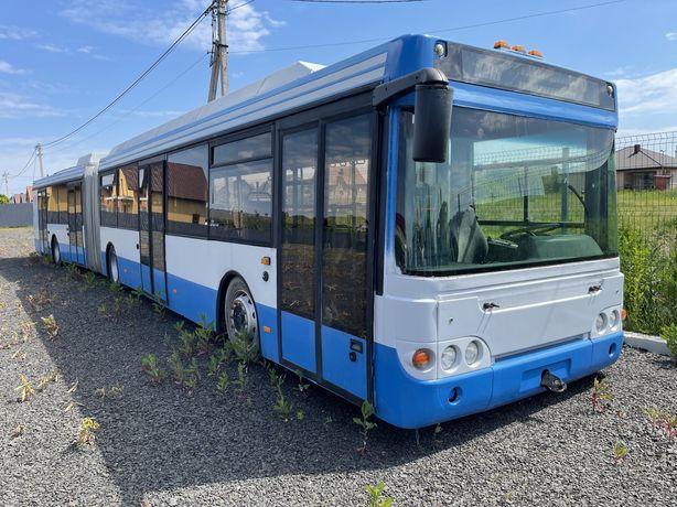 Троллейбус LIAZ 6236/ЛиАЗ-6236 (на базе автобуса ЛиАЗ-6213Т)