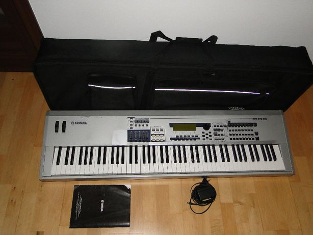 Znakomity Syntezator Stage Piano YAMAHA MO8 + Futerał.Tanio.Okazja!!!