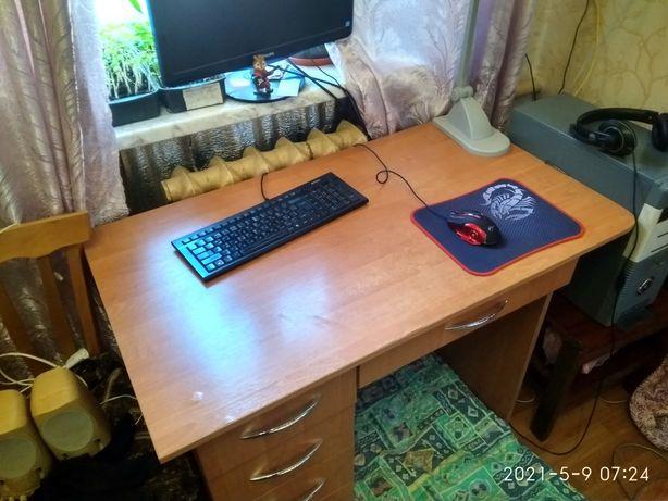 Письменный стол/учебный