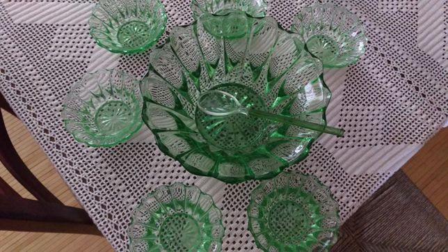 Saladeira/Fruteira e taças vidro lapidado Marinha Grande