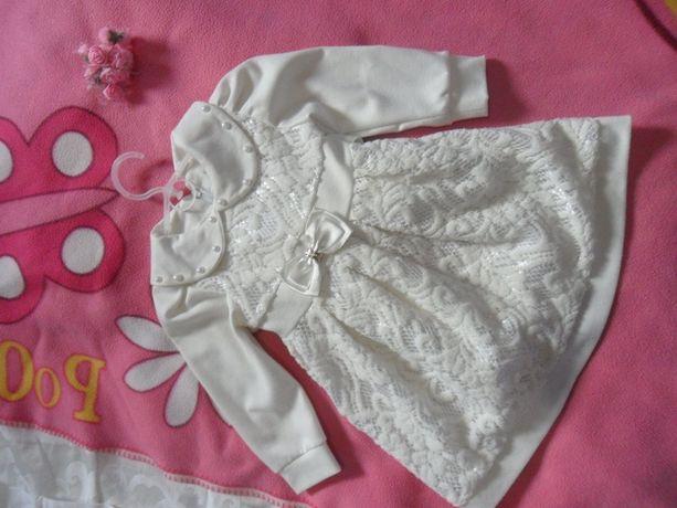 Платье на девочку 2-4 года.