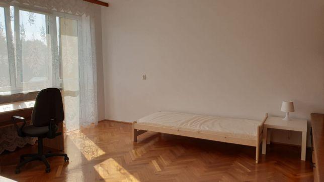 Do wynajęcia duży pokój z balkonem, w domu, tanio Krakowska Centrum