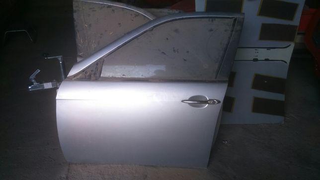 Drzwi L/P przod Alfa Romeo 156 kod lakieru 612/A Grigio Chiaro Met