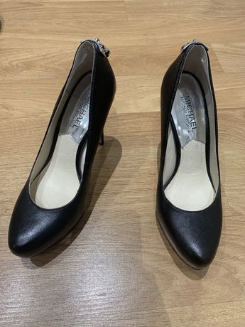 Sapato Michael Kors n.35