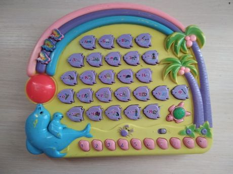 Детский музыкальный планшет.