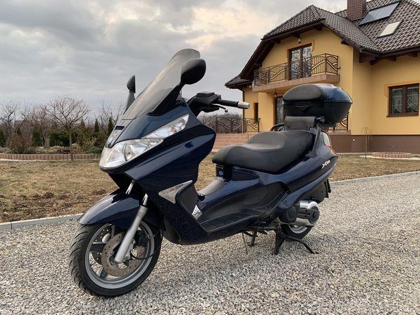Piaggio X8 400 rok 2006