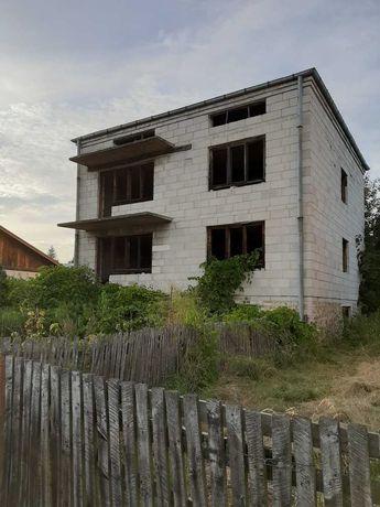 Dom do remontu w stanie surowym na wsi