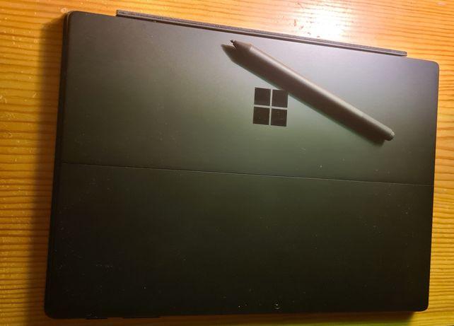 Компьютер , планшет Maicrosoft Surface Pro 6, 256 GB, 8GB RAM ,core i5
