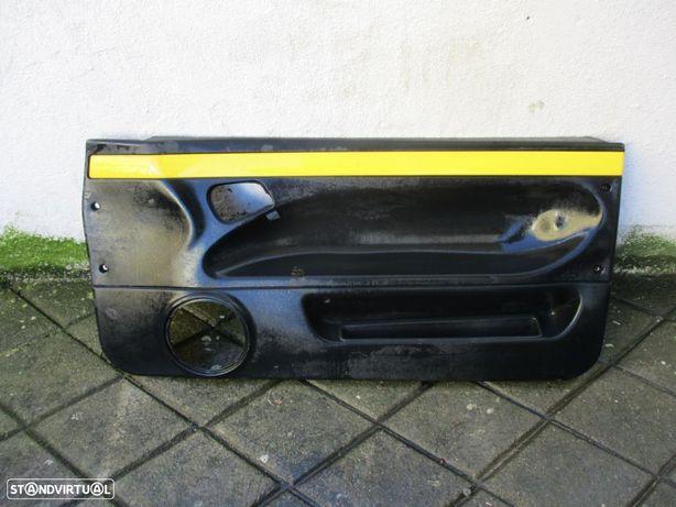 Forra Quartela de porta Fiat Coupé Esquerdo