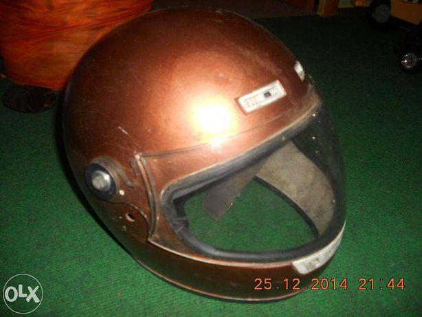 продам фирменный шлем YAMAHA