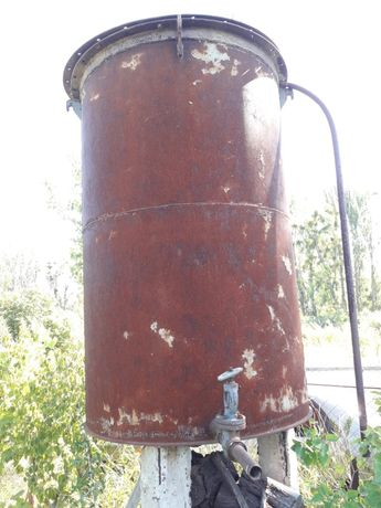 Емкость для воды 2.5куба