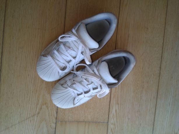 Adidas Superstar oleograficos 34