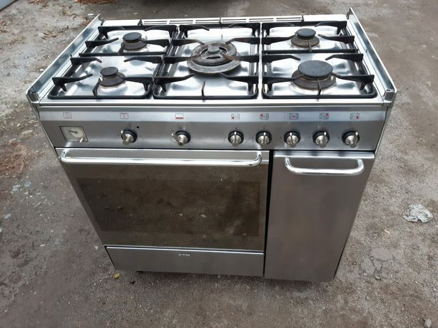 Газовая печь, плита, печка Smeg комбинированная профессиональная Smeg