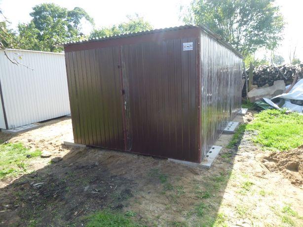 Garaż blaszany 3x5 w kolorze brąz RAL 8017 garaże hale Dostawa Montaż