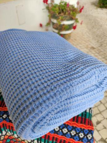 Duas Mantas / colchas de cama individual azuis iguais