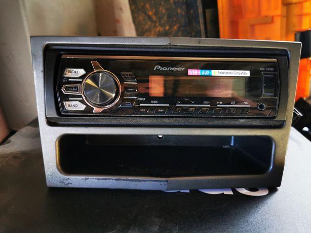 Radio pionner cd/mp3 aux