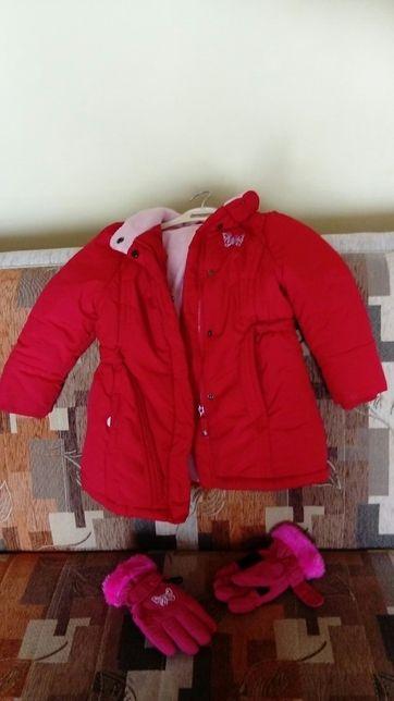 Kurtka dla dziewczynki 5-6 lat + rękawiczki