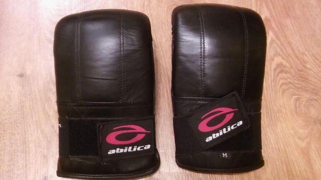 Rękawice do sportów walki bokserskie