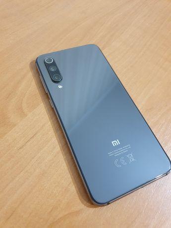 Телефон Xiaomi mi 9 se   6/64