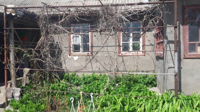 Срочно продам дом 100 кв. м на участке 18сот. в пгт. Великодолинское.
